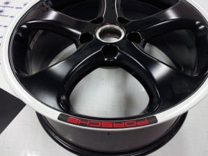 custom-sticker-porsche-wheel