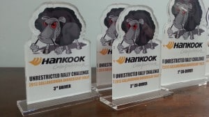colour-vinyl-printed-+-laser-cut-acrylic-hankook-competition-tyre-trophies (11)