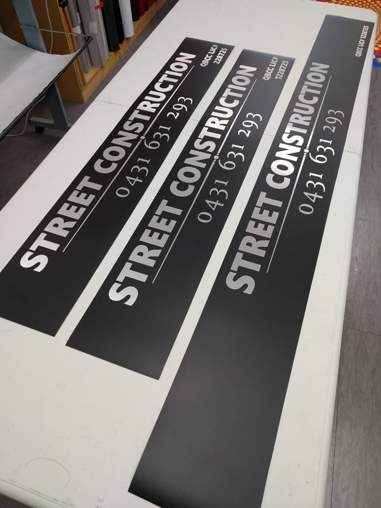 Magnetic Vehicle Signs for Street Construction
